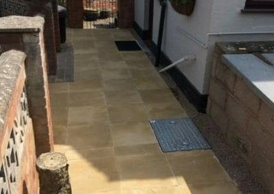 GB HEREFORD PUBLIC SERVICES PRIVATE HOMEOWNER GARDEN PAVING