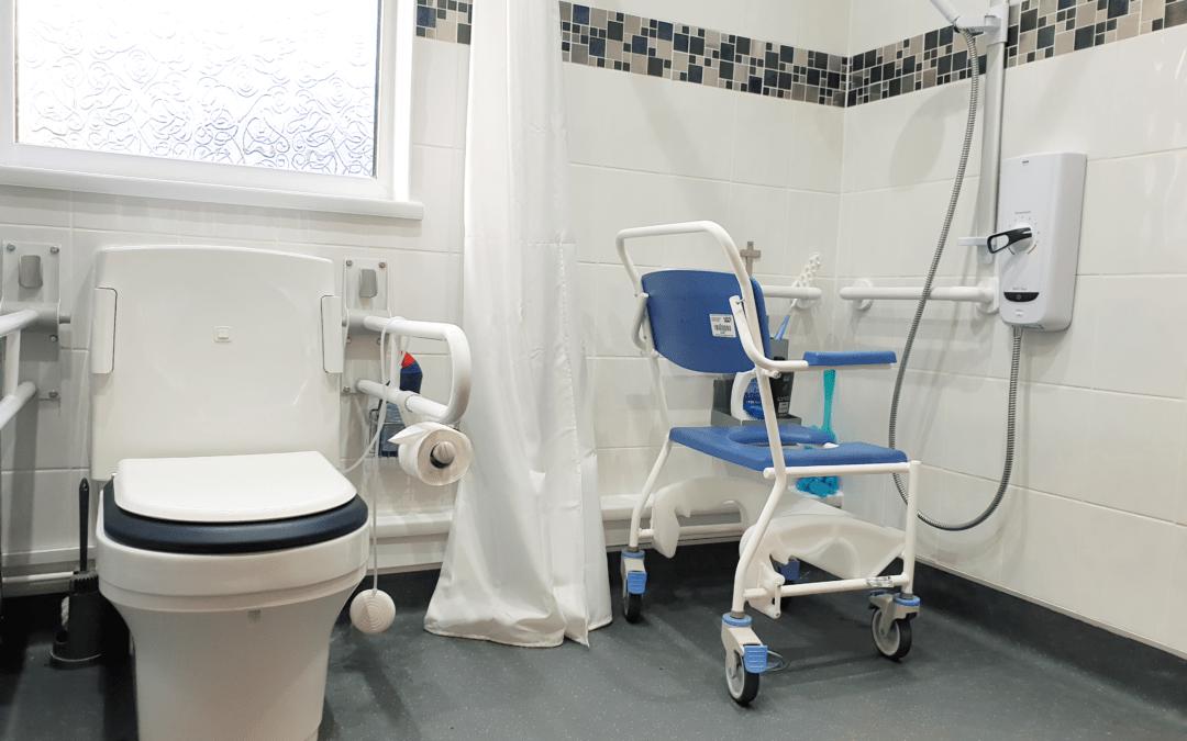 JT3839 Mrs G Hereford Bathroom Adaptation Toilet_Shower Detail