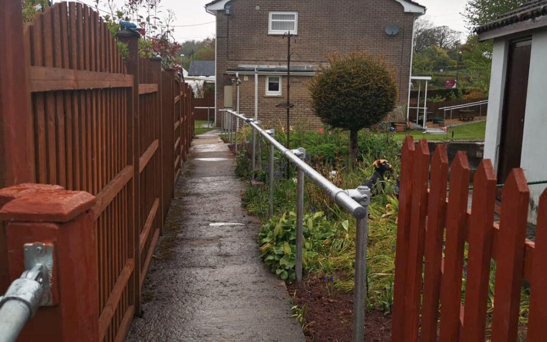 JT4197 Mrs P. Brecon Garden Grab Rails